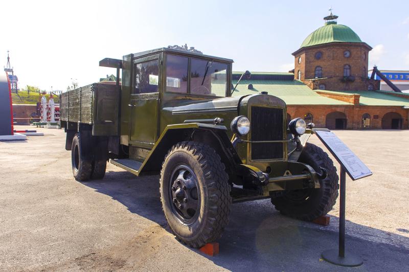 автомобиль «УралЗиС» образца 1946 г.